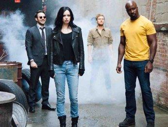 Новые фото «Защитников» Marvel и подробности отношений в команде