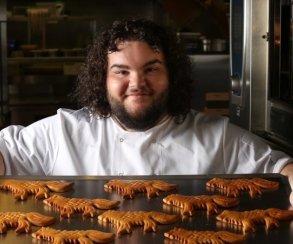 Горячий пирожок из«Игры престолов» открыл пекарню вреальной жизни