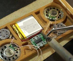Ютубер сделал чехол для iPhone из Motorola E398
