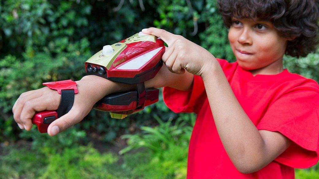 В новом проекте Disney можно примерить перчатку Тони Старка  - Изображение 1