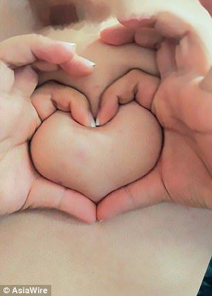 [NSFW] Грудь вформе сердца: безумный флешмоб откитайских девушек. - Изображение 6