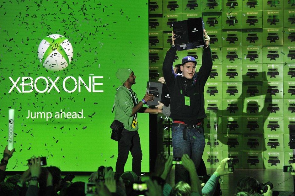Microsoft продала более 3 млн Xbox One за 2013 год - Изображение 1
