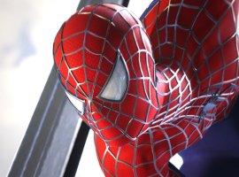 Тоби Магуайр приходит напохороны Человека-паука вфанатском ролике