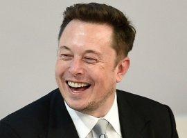 Гифка дня: Илон Маск оценил бы эту посадку истребителя в Grand Theft Auto 5