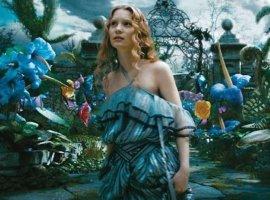 Дверь в Зазеркалье в тизере новой «Алисы»