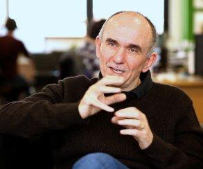 Twitter Питера Молинье взломали: на пенсию он не собирается, Godus цел