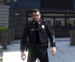 Гифка дня: целеустремленность ирвение полиции вGrand Theft Auto5
