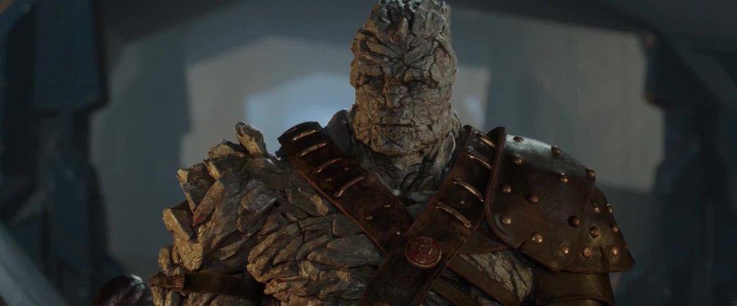 Фото актерского состава «Мстителей 4» намекает навозвращение персонажа из«Тора: Рагнарек»? | Канобу - Изображение 11261