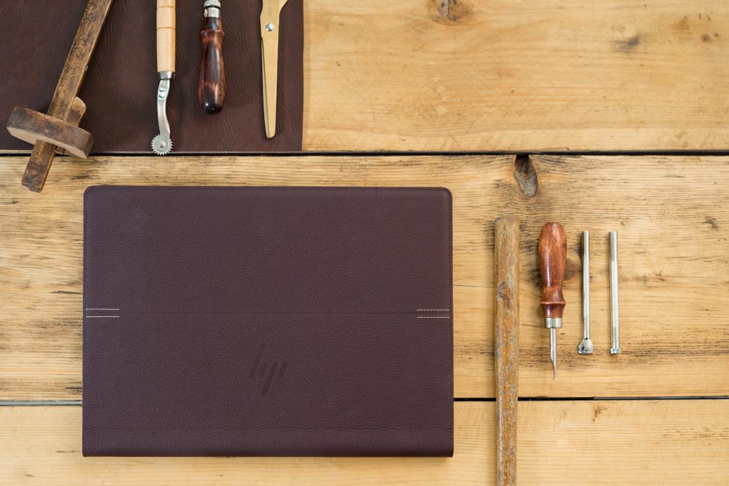 ВРоссии начались продажи кожаного ноутбука-трансформера HPSpectre Folio | Канобу - Изображение 8220
