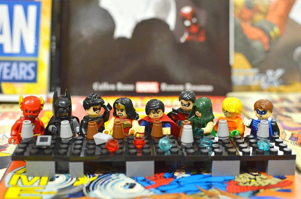 Топ-модель по-русски: «Канобу» устраивает фотосессию LEGO-супергероям | Канобу - Изображение 5556