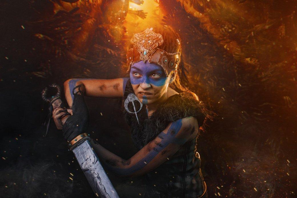 Косплей дня: воительница Сенуа иеегаллюцинации изигры Hellblade: Senua's Sacrifice. - Изображение 2