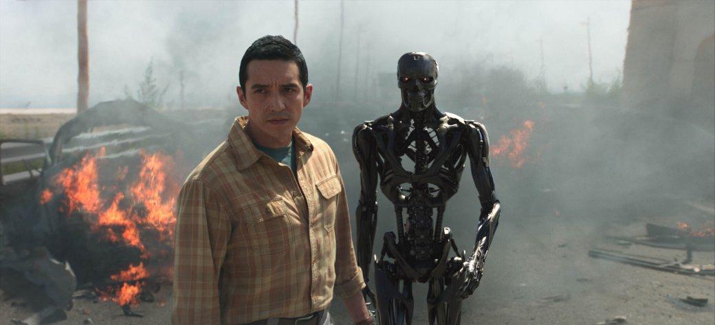 Устрашающий взгляд робота-убийцы нановом постере «Терминатора: Темные судьбы» | Канобу - Изображение 7802