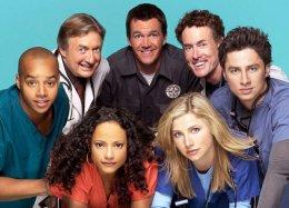 Актерский состав «Клиники» собрался вместе через восемь лет после окончания сериала. Ну что, на бис?