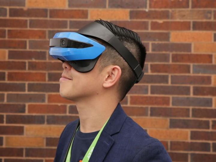 Microsoft уже продает AR-шлемы изсамого нелепого будущего | Канобу - Изображение 482