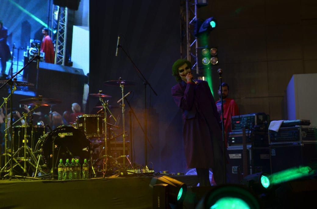 Фотоотчет с «Игромира» и Comic Con Russia, день 2 – концерт Noize MC | Канобу - Изображение 17