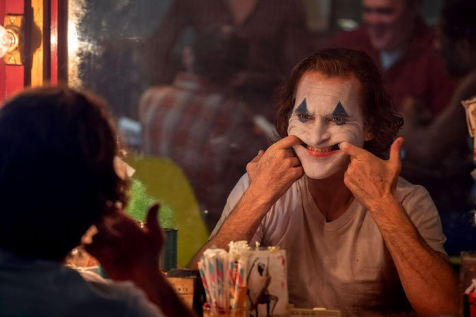 Хоакин Феникс объяснил, как ему удалось создать такой правдоподобный смех Джокера