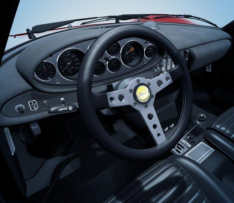 Анонсировать игру всего за шесть месяцев до выхода и не переносить ее потом годами – совершенно нетипичное поведение для Polyphony Digital. Gran Turismo 5 обсуждали почти все прошлое поколение и даже в конце позапрошлого, Gran Turismo 6 же появилась так быстро и неожиданно, что ее почти не воспринимаешь всерьез. Выйти уже после запуска новых консолей и почти одновременно с Forza Motorsport 5 – вызов, граничащий с безумством, но Gran Turismo – слишком уникальная, слишком монументальная игра, чтобы затеряться даже в таких непростых условиях.