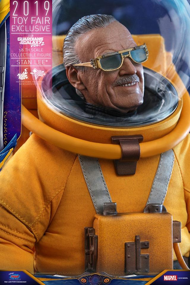 Hot Toys выпустит экшен-фигурку Стэна Ли из «Стражей галактики 2». Она выглядит потрясающе!    Канобу - Изображение 6