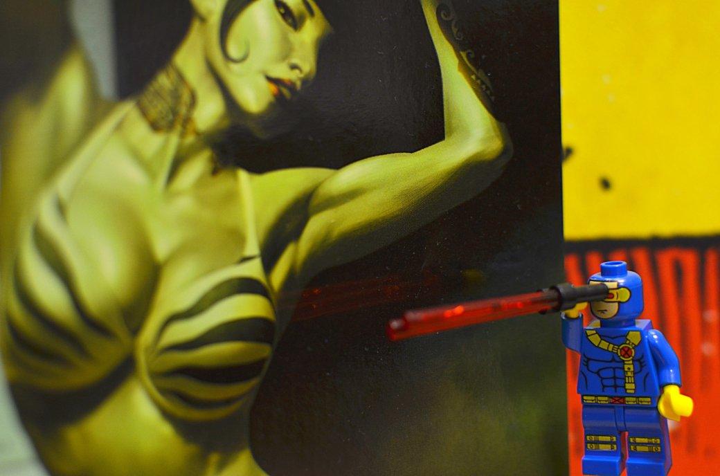 Топ-модель по-русски: «Канобу» устраивает фотосессию LEGO-супергероям | Канобу - Изображение 4