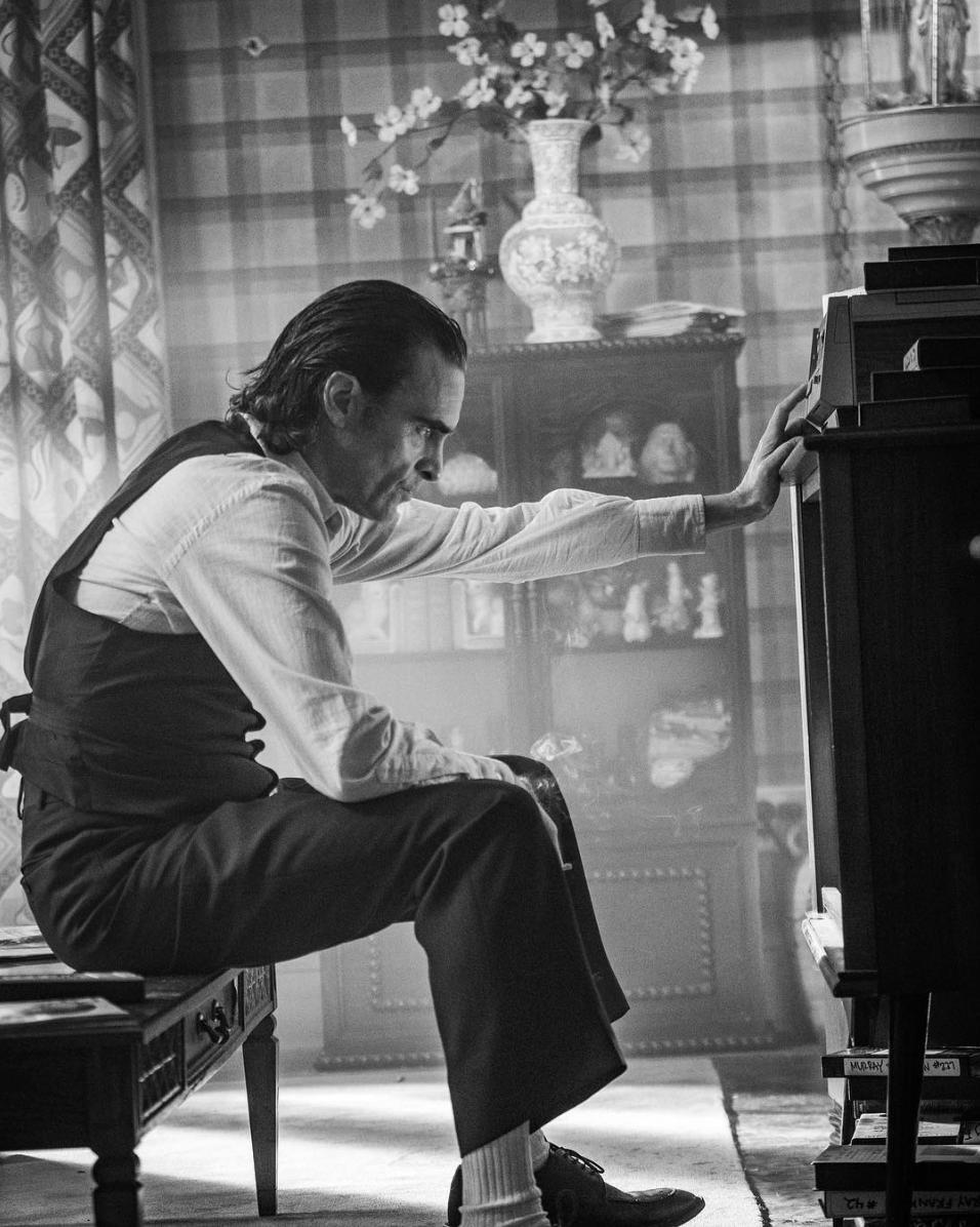 Хоакин Феникс грустит нановом кадре «Джокера» | Канобу - Изображение 3265